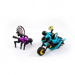 Lego 8233 MC vs. Stinger