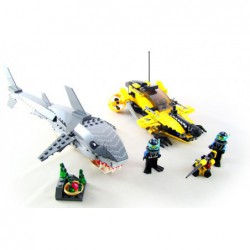 Lego 7773 Tiger Shark Attack