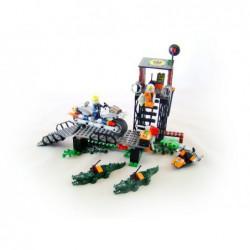 Lego 8632 Swamp Raid